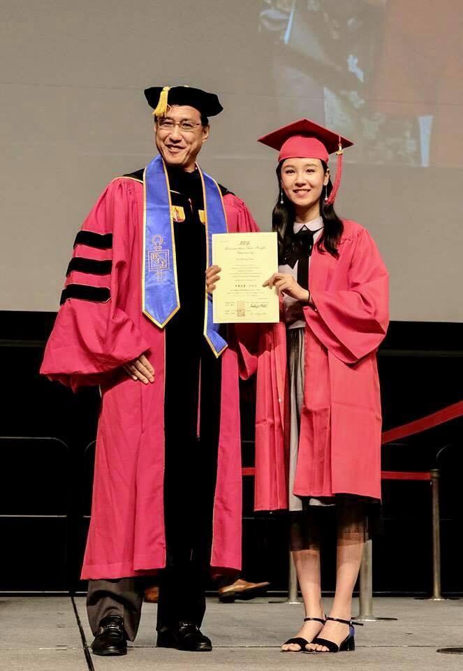 Một số hình ảnh đời thực cực xinh của Hương Thảo.khôi Du học sinh Việt toàn thế giới năm 2015 khoe hình tốt nghiệp xinh lung linh tại Nhật - Ảnh 4.