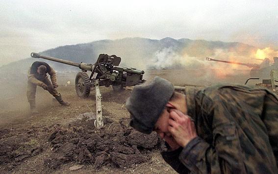 Các tướng Nga đã bán sạch các kho vũ khí và cái chết của QK Ngoại Kavkaz như thế nào? - Ảnh 3.
