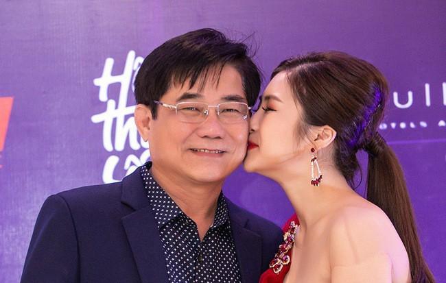 Bố Hương Tràm: Sự việc xảy ra, tôi không thể gọi điện cho Thu Minh được và đã khóc cả đêm - Ảnh 3.