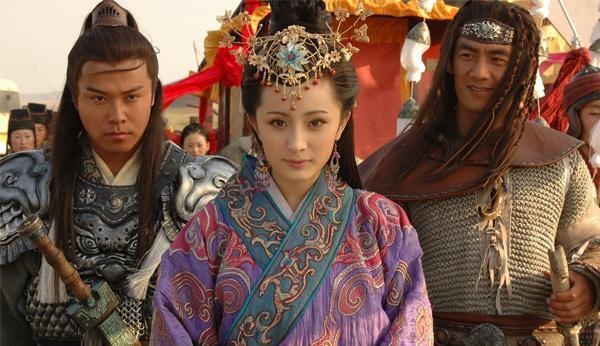Vương Chiêu Quân rời hoàng cung Trung Hoa đến Hung Nô làm dâu sau 3 năm mệt mỏi vì không được vua ngó ngàng.