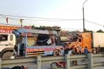 Nam Định: Tài xế container buồn ngủ, tông đổ nhiều nhà dân