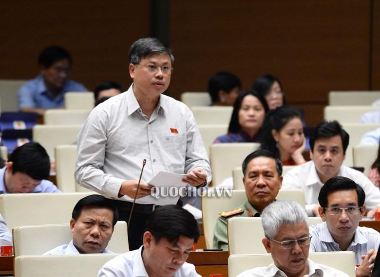 Đại biểu Nguyễn Sỹ Cương (Đoàn Ninh Thuận) cho biết, qua tiếp xúc cử tri, nhiều cử tri phàn nàn về chất lượng giáo dục hiện nay. Ảnh: Quochoi.vn