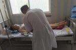 Cô gái ngất xỉu, nhập viện vì bị quay phim lúc chăm sóc ngoại