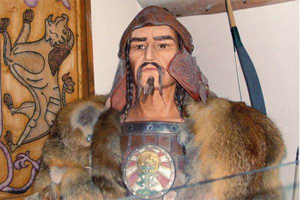 Chân dung hoàng đế Attila.