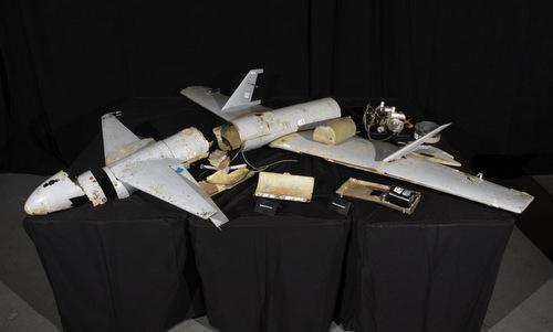 Xác một chiếc Qasef-1 được trưng bày tại Mỹ hồi tháng 5/2018. Ảnh: AP.