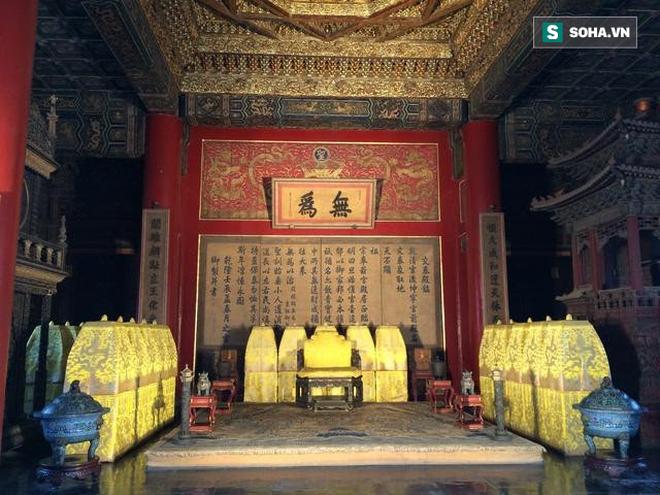 Dưới thời Thanh, ngoài chức năng là phòng tân hôn của hoàng đế, Khôn Ninh cung trở thành nơi tế tự và không ai dám ở. Ảnh tư liệu.