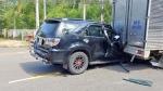 Quảng Nam: Xe ô tô tông đuôi xe thùng, tài xế may mắn thoát chết