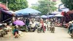 Lai Châu: Lấn chiếm lòng lề đường - nguy cơ tai nạn giao thông