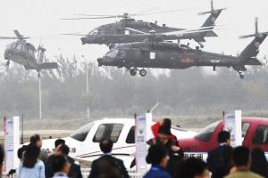 Đĩa bay kỳ dị và chiếc trực thăng 'bản sao' hàng Mỹ của Trung Quốc