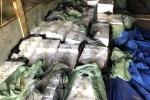 Pháthiện xe tải chở hàng chục ngàn gói thuốc lá 'lậu'