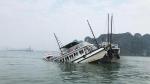 Đ âm vào tàu chở đá ở Hà Nam, 1 tàu du lịch chìm trên vịnh