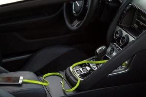 Sạc pin điện thoại, laptop trên ôtô có thể gây cháy nổ