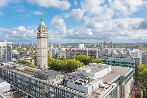 10 ngành học có mức lương cao nhất tại Anh