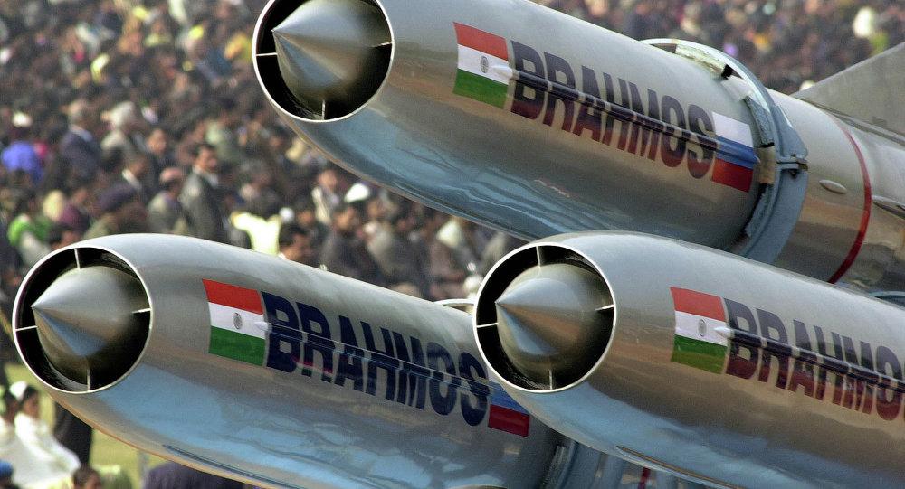 BrahMos được đánh giá là tên lửa nguy hiểm nhất thế giới.