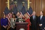 Hạ viện Mỹ chính thức công bố cáo buộc luận tội ông Trump