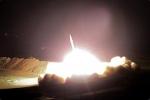 CNN: Lính Mỹ vừa run, vừa quay cảnh tên lửa Iran lao xuống căn cứ al-Asad
