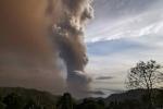 Người Việt ở Manila sống trong 'mưa' tro bụi núi lửa