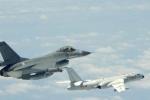 Máy bay ném bom Trung Quốc tập trận gần Đài Loan