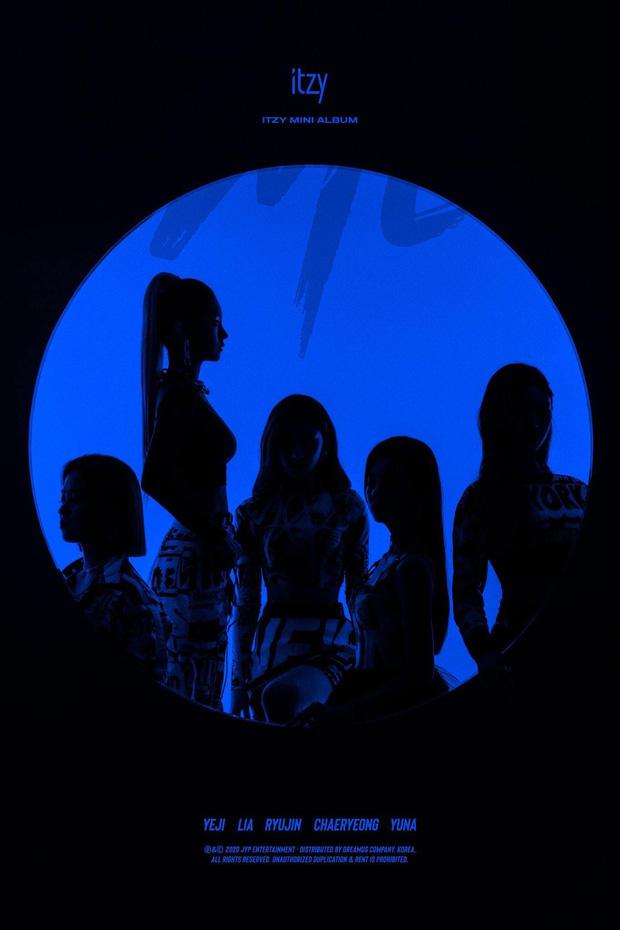 """ITZY tung poster comeback, chính thức tái xuất vào ngày 9/3 với mini album """"IT'z ME"""""""