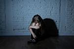 Phẫn nộ bà mẹ cho 'bạn' cưỡng bức con gái ruột 9 tuổi