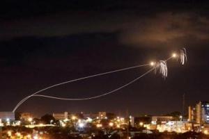 Israel khoe Iron Dome đánh chặn được 13/21 tên lửa tấn công