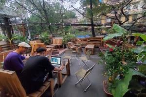 Chủ quán cafe bị bão 1 sao vì mắng khách: 'Cùng lắm thì chúng tôi khóa Fanpage'