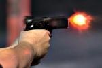 Nam thanh niên bắn nhiều phát vào khách trong quán cà phê