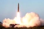 Triều Tiên phóng hai vật thể không xác định