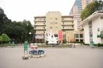 Bệnh viện Bạch Mai ngày đầu tiên cách ly