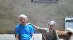 Bình yên tình già ông 91 bà 83 tuổi: Cưới nhau 60 năm vẫn xưng 'anh - em', suốt một đời chồng phụ vợ đi chợ, nấu cơm, giặt giũ