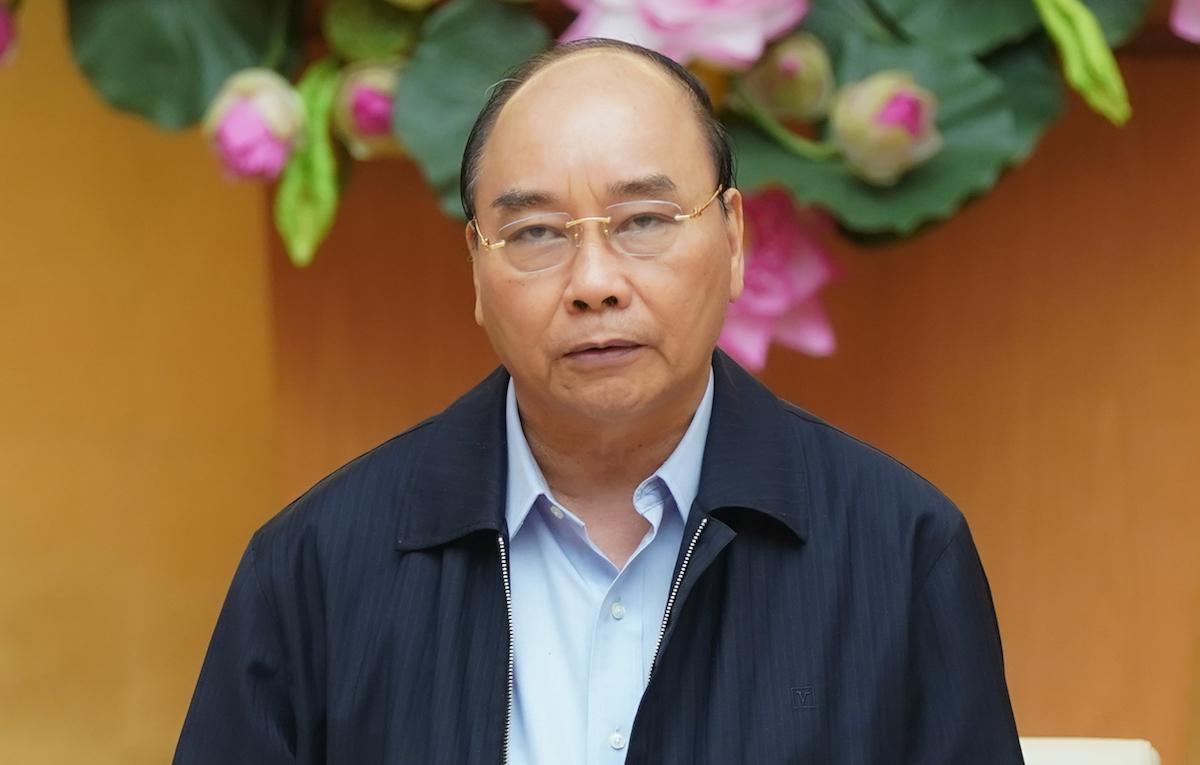 Thủ tướng Nguyễn Xuân Phúc chủ trì họp Thường trực Chính phủ, chiều 30/3. Ảnh: VGP.