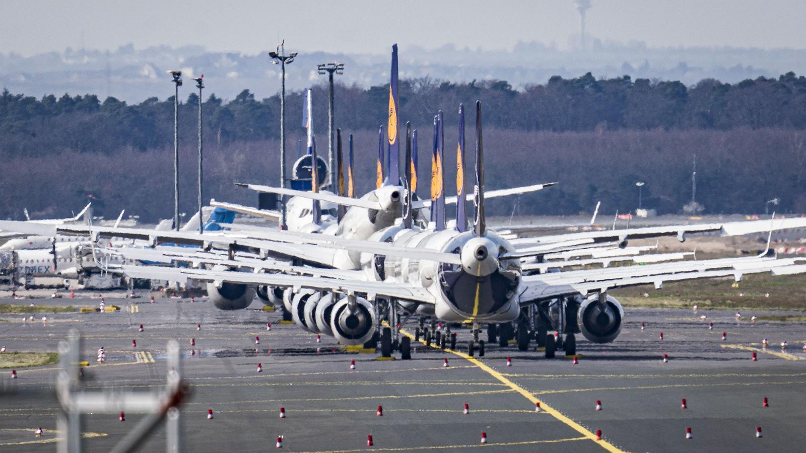 Dừng vận chuyển khách đến Việt Nam kể từ 0h ngày 1/4 đến hết ngày 15/4.