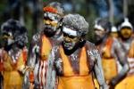 Thiên nhiên kì bí: Bộ tộc 6 vạn năm, nơi người già săn cá sấu bằng tay không