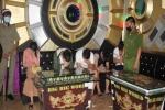 Hơn chục nam nữ 'bay lắc' trong quán karaoke trong mùa dịch