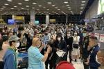 152 người Thái Lan về nước không chịu cách ly, gây náo loạn sân bay