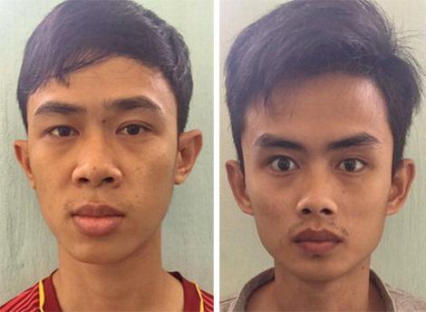 Hai đối tượng Nguyễn Thành Tín và Võ Văn Toàn sau khi bị bắt khẩn cấp. Ảnh : Công an Bình Định.