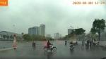 Clip: Sau va chạm, hai tài xế ô tô đánh nh.au giữa phố Hà Nội