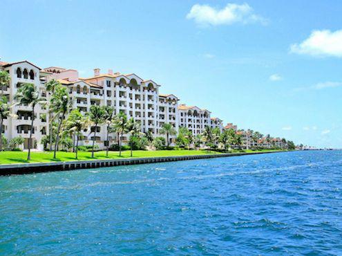 Những căn hộ cao cấp trên đảo Fisher. Ảnh: Getty Images.