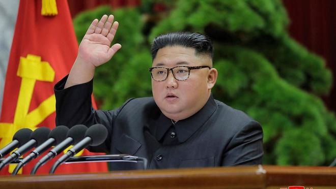 Triều Tiên kiểm soát chặt mọi thông tin liên quan đến lãnh đạo Kim. Ảnh: AP.