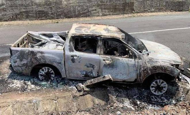 Hiện trường vụ cháy ôtô khiến một người tử vong. Ảnh: P.T.