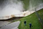 Bang Mỹ ban bố tình trạng khẩn cấp vì vỡ đập
