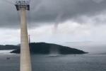 Vòi rồng xuất hiện gần cáp treo ở Phú Quốc