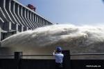 Trung Quốc cảnh báo lũ đầu tiên trong năm 2020 trên sông Trường Giang