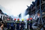 Yêu cầu báo cáo Thủ tướng Chính phủ nguyên nhân cháy kho hoá chất tại Hà Nội trước ngày 10/7