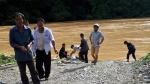 Tìm thấy nạn nhân trượt chân rơi xuống sông ở Tây Bắc
