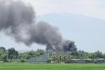 Cháy dữ dội trong sân bay quân sự Thành Sơn