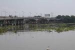 Bỏ lại dép trên cầu, thanh niên lao xuống sông Sài Gòn tự tử