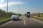 Truy tìm tài xế Fortuner đi ngược chiều trên cao tốc tại Thái Nguyên