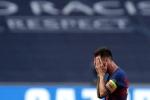 Messi đe dọa ra đi sau 'thảm họa' tại Champions League
