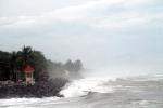 Dự báo thời tiết hôm nay 16/09: Khu vực Nam Biển Đông có mưa rào và dông